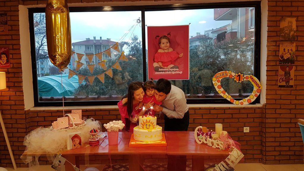 doğum günü pastaı
