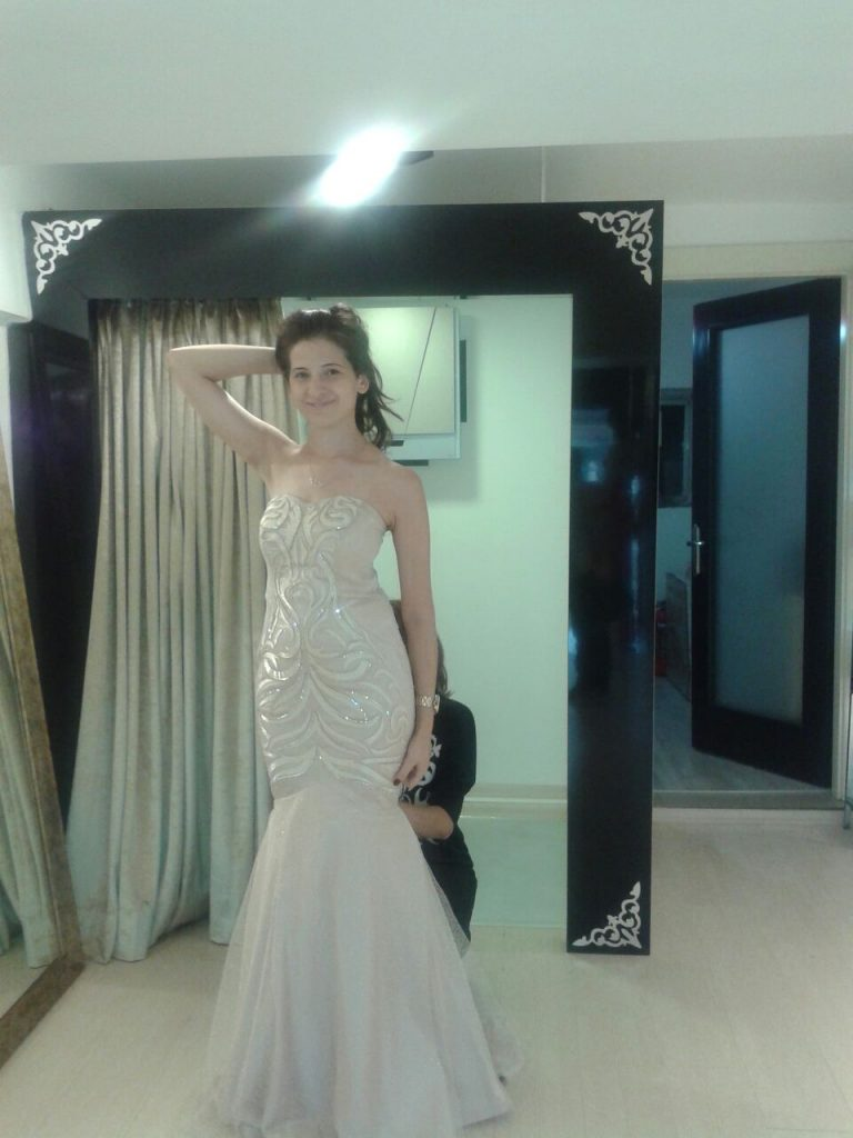 nişan elbisesi